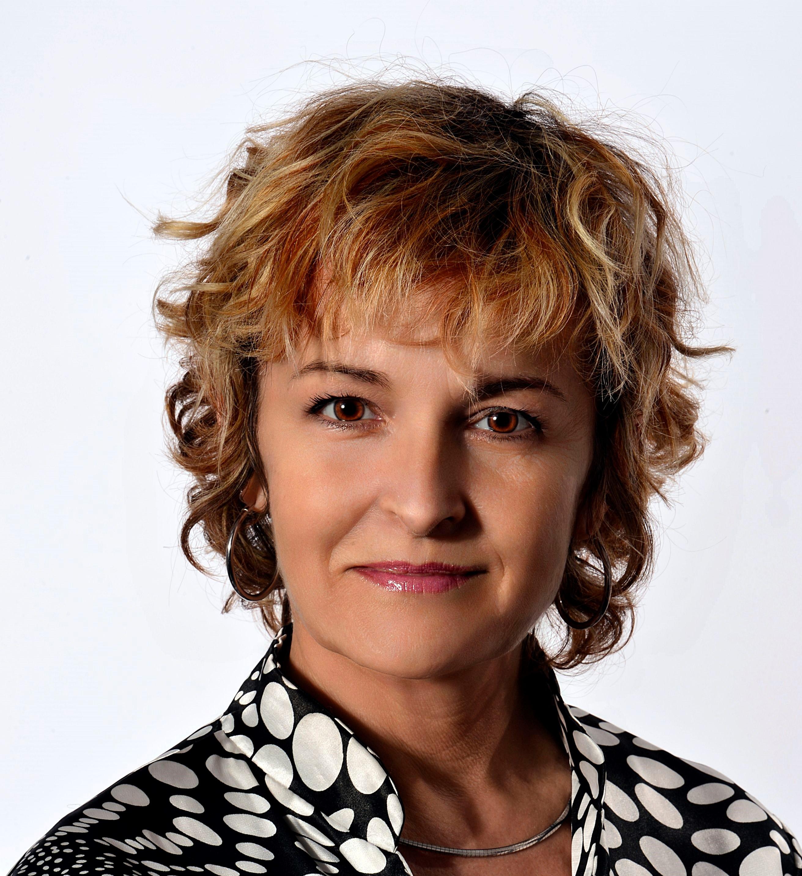 Cécile DELOOSE