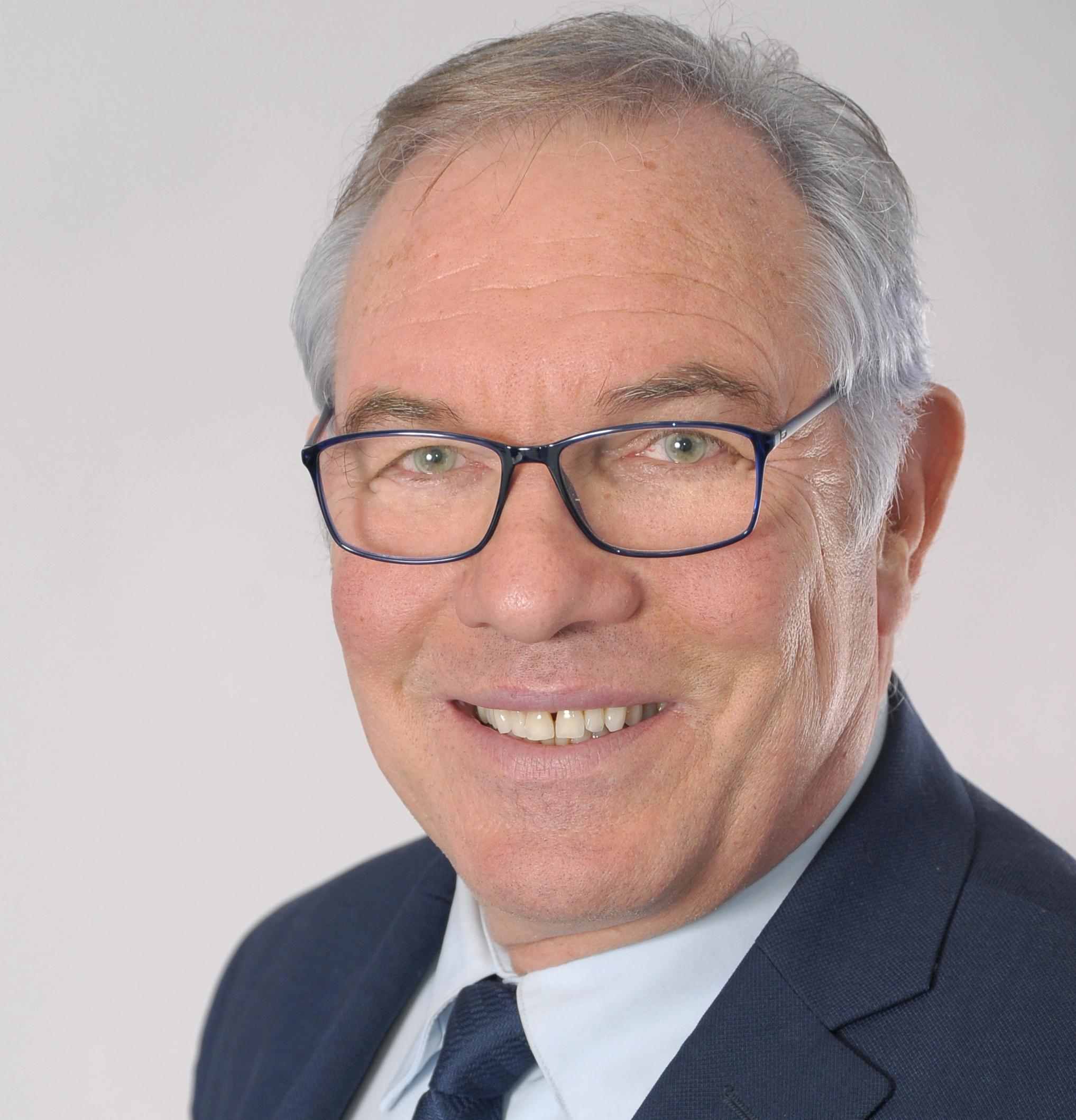 Gerard LEVEZIER