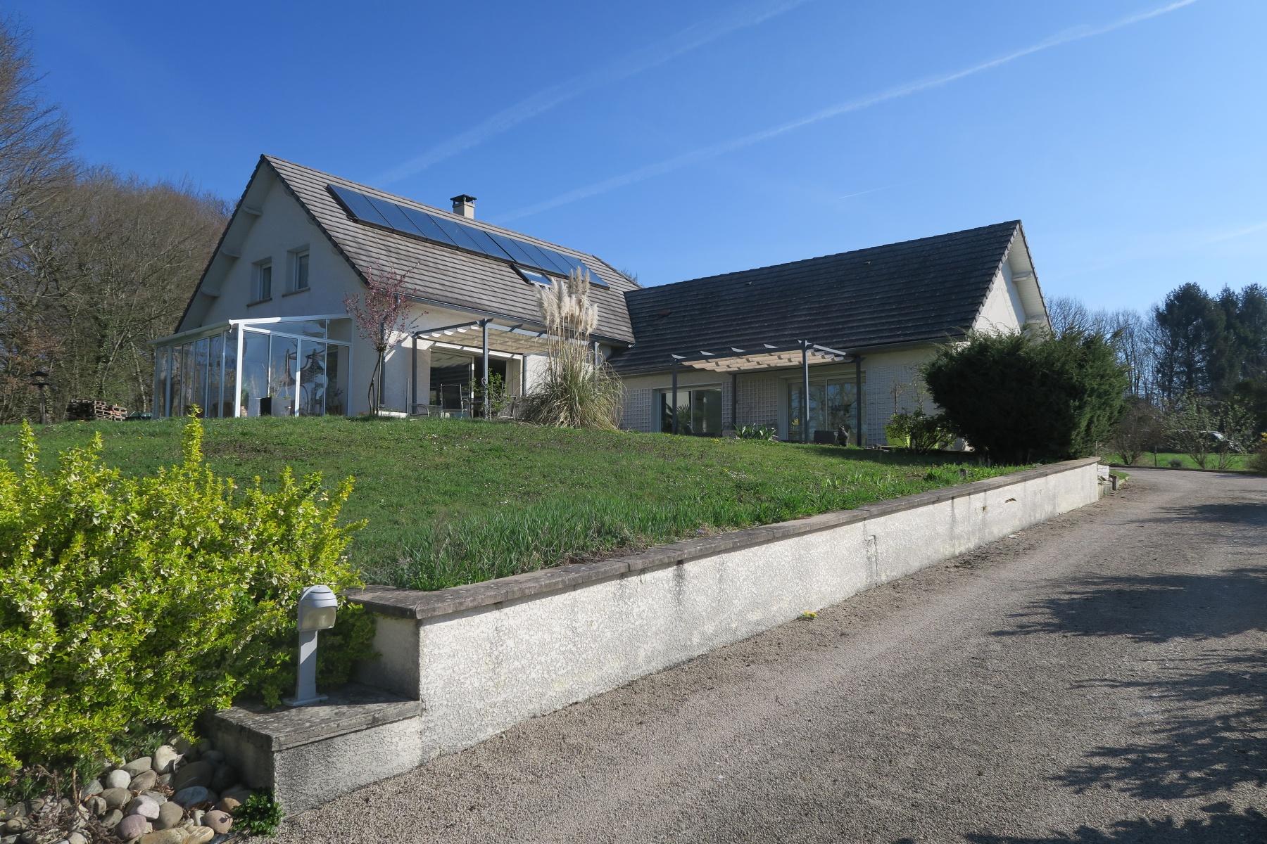 Annonce vente maison besan on 25000 277 m 450 000 for Annonce pour louer une maison