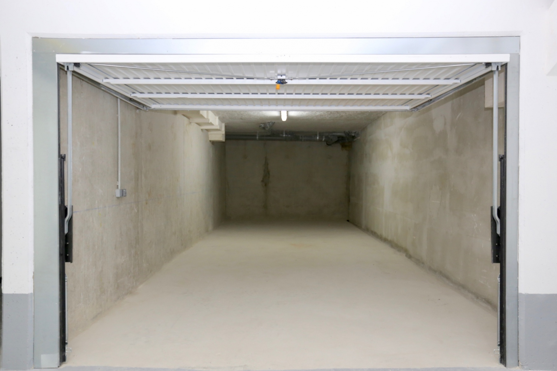 Annonce location parking garage rosny sous bois 93110 for Garage opel rosny sous bois