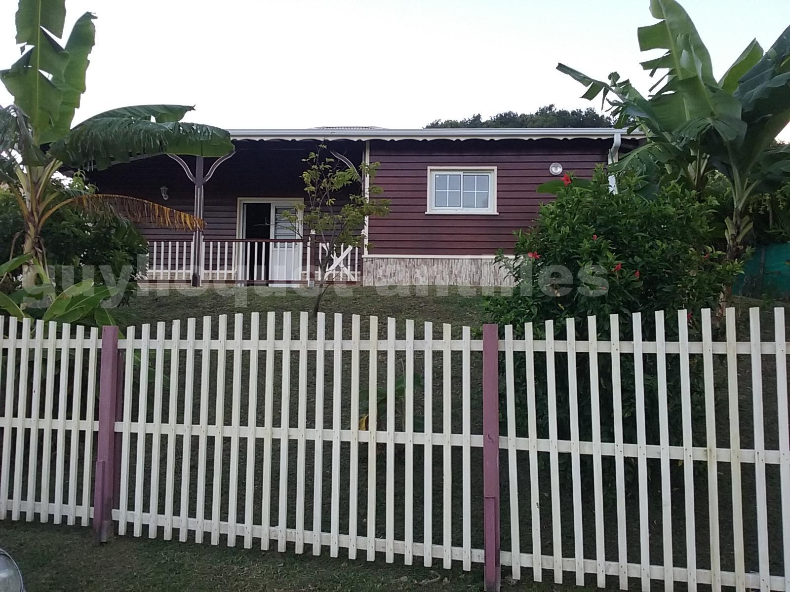 Annonce location maison le vauclin 97280 90 m 1 300 for Acheter une maison en martinique