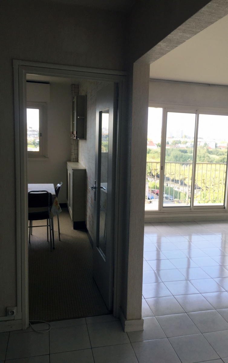 Appartement - 4 pièces - 80 m² - Lumineux avec vue panoramique sur Paris