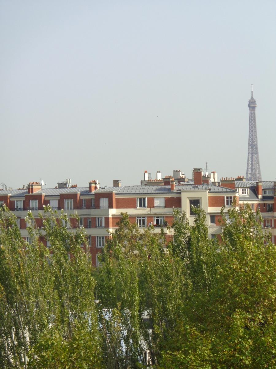 Beau 3 pièces lumineux sans vis à vis aux porte de Paris
