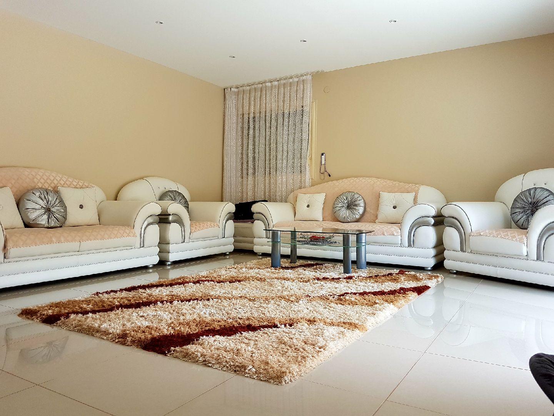 annonce vente maison aubagne 13400 237 m 619 000. Black Bedroom Furniture Sets. Home Design Ideas