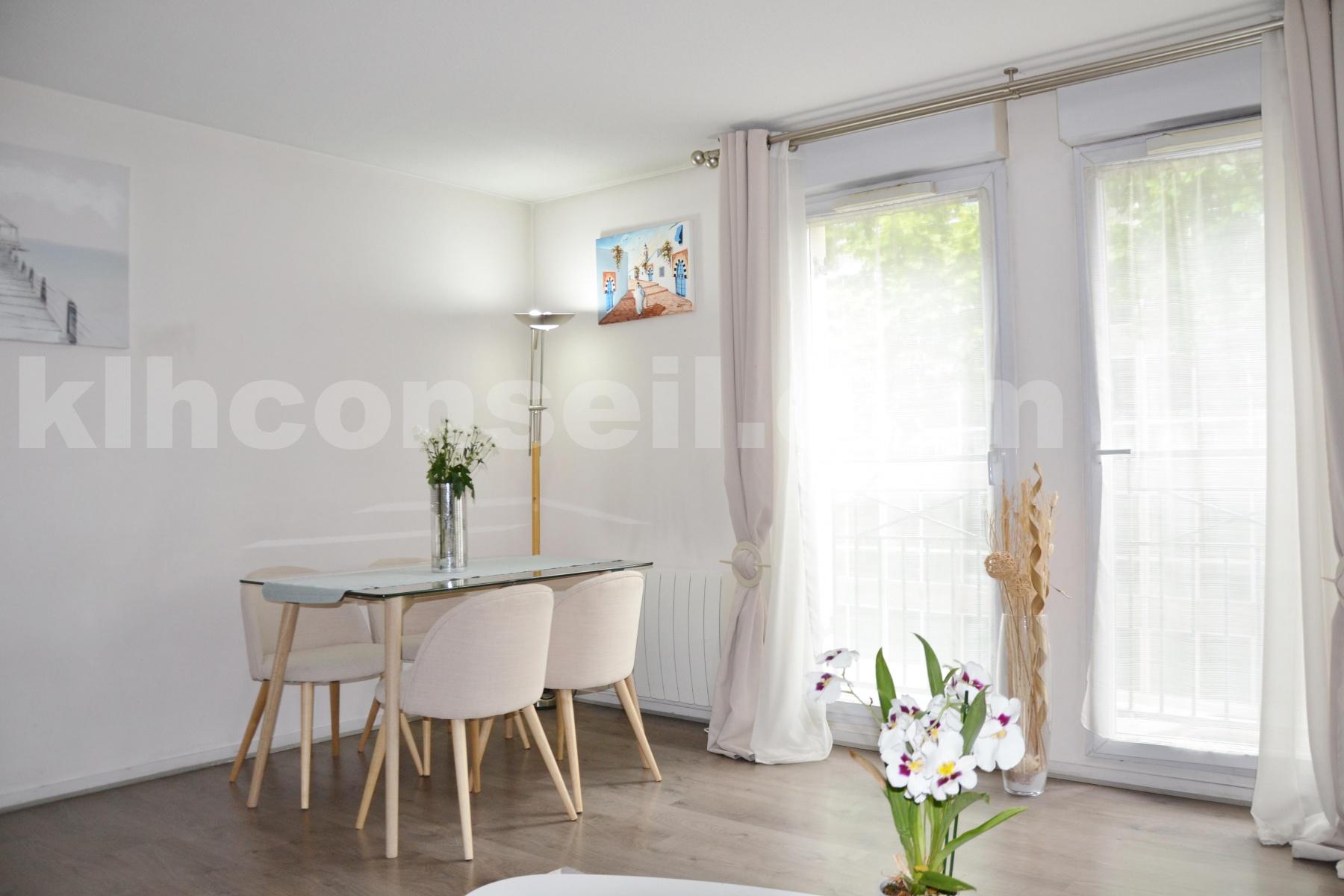 Vente Appartement de 4 pièces 79 m² - COLOMBES 92700   KLH Conseil - AR photo4
