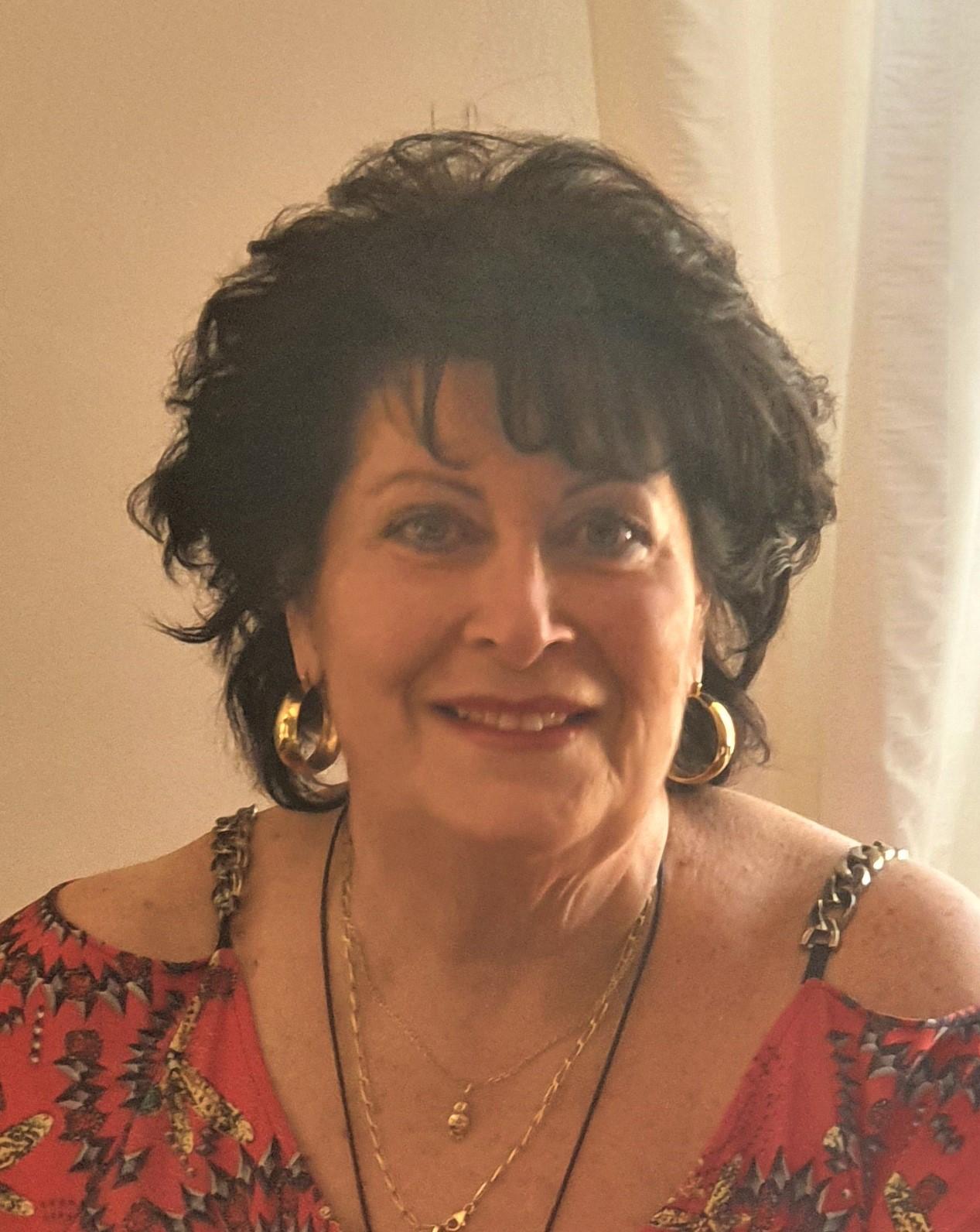 Evelyne PAPA