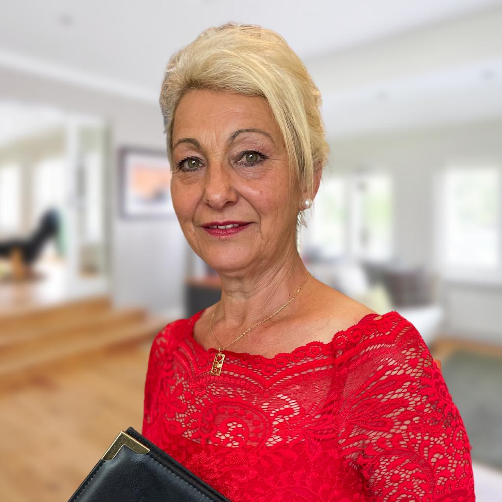 OLIVERA MILOSEVSKI